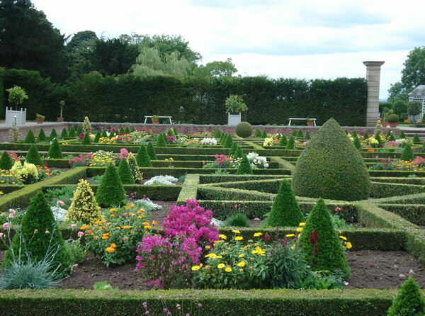 Hanbury Hall Garden, 2009