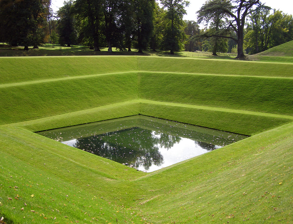 Boughton house garden for Gardening and landscaping