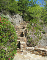 Medium roquebrun stairs garden original
