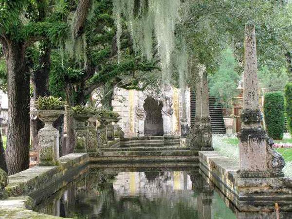 Pool, Vizcaya Gardens