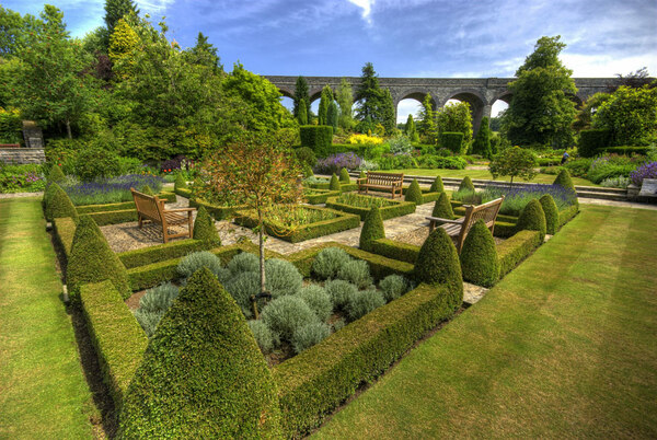 Parterre and Viaduct