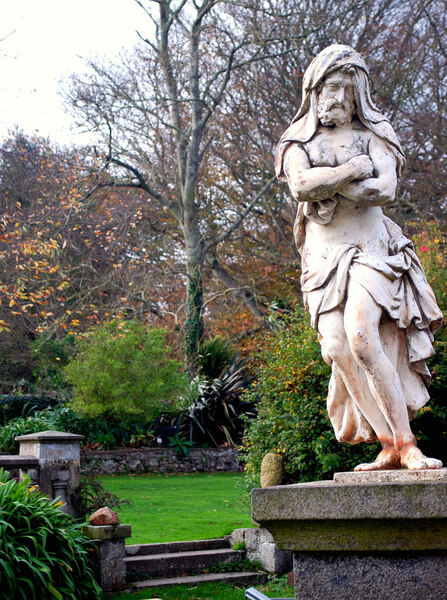 Statue, Sausmarez Manor
