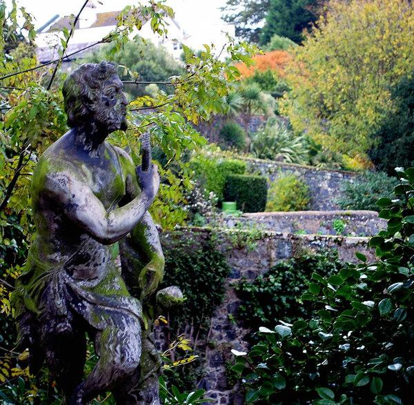 Statue, Candie Gardens