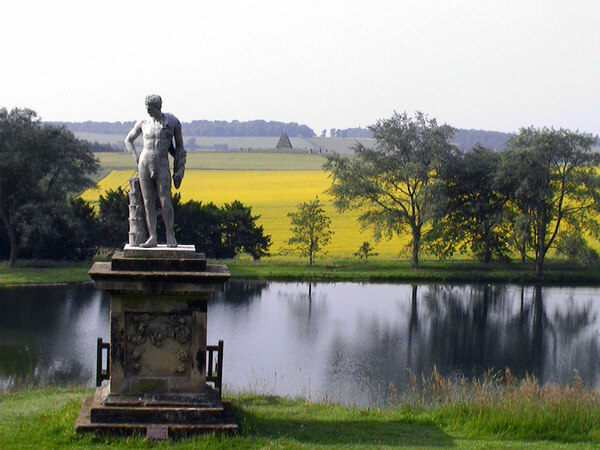 Statue, Castle Howard Garden