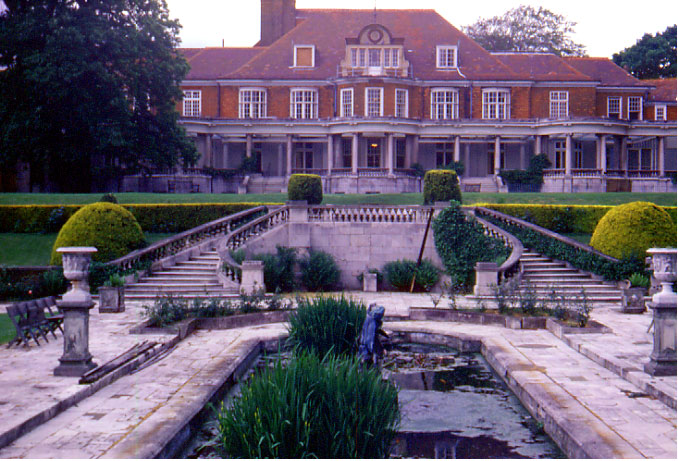 Arts And Crafts Style Of Garden Design