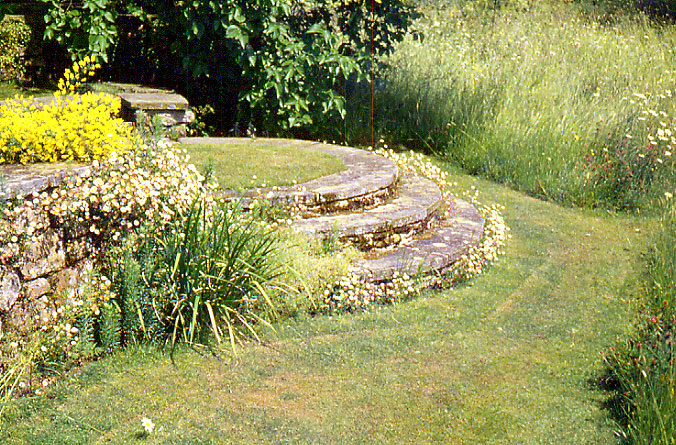 Arts and crafts style of garden design for Fine gardens landscaping