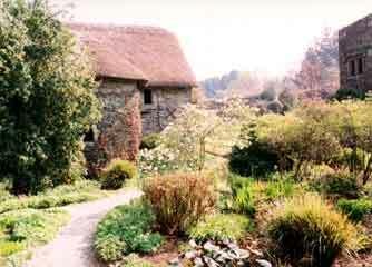 Garden house2