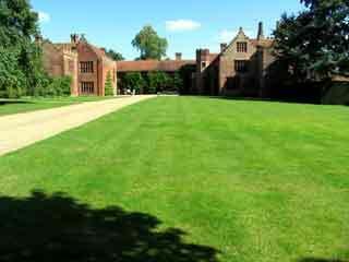 Ingatestone hall garden1