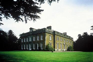 Farnborough hall garden