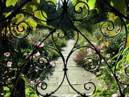 Annesgrovewalledgarden