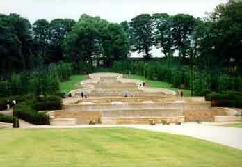 Alnwick garden2