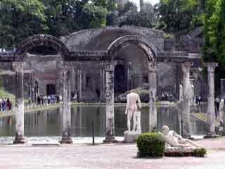 Hadrian villa garden