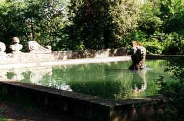 Villa lante garden2