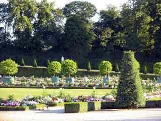 Versailles garden1