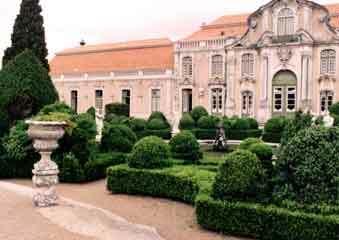 Quelez garden1