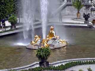 Linderhof garden2