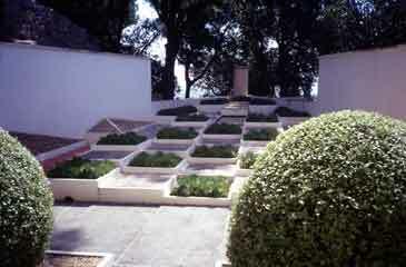Hyeres garden1
