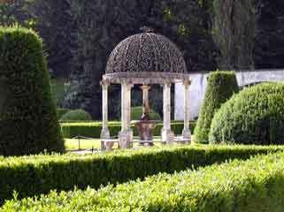 Ambras castle garden
