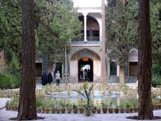 Shahzadeh garden1