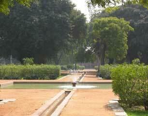 Humayun garden1