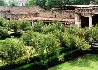Villa oplontis garden