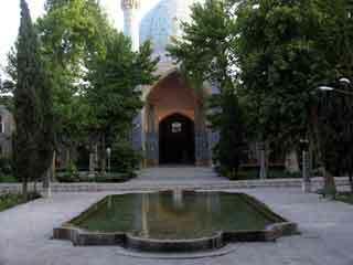 Madrasah ye chahar bagh2