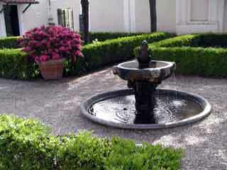 Villa giulia fountain1