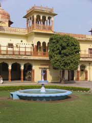 Jaipur city palace1