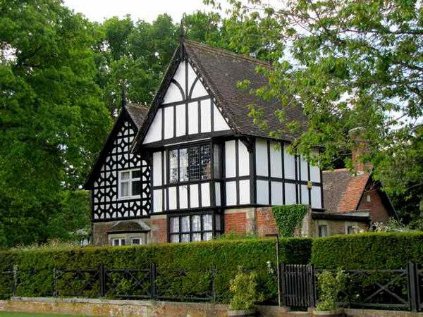 Larmer Tree Garden, Salisbury
