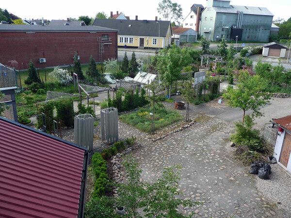 Bla Huset Trädgård