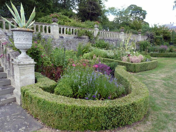 Englefield House Garden, Theale