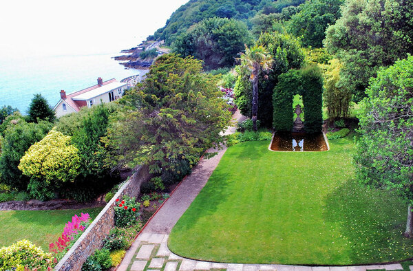 Hauteville House Garden