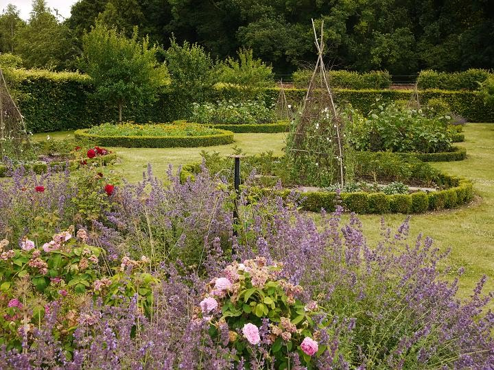 Scampston Walled Garden, Summer