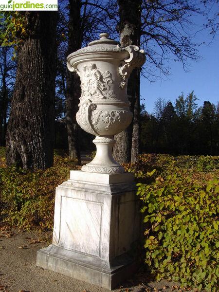 Urn, La Granja de San Ildefonso
