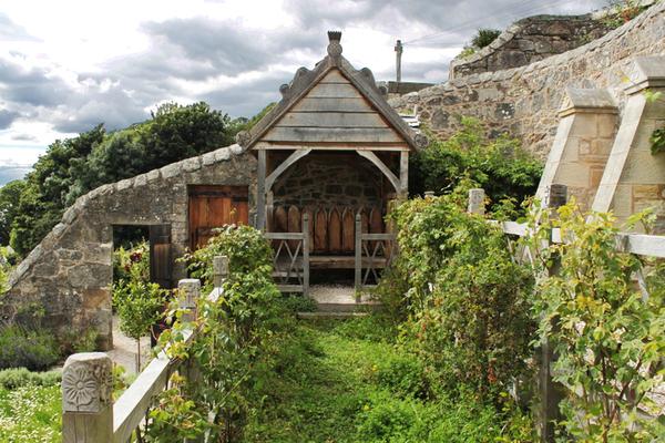 Culross Palace Medieval Garden